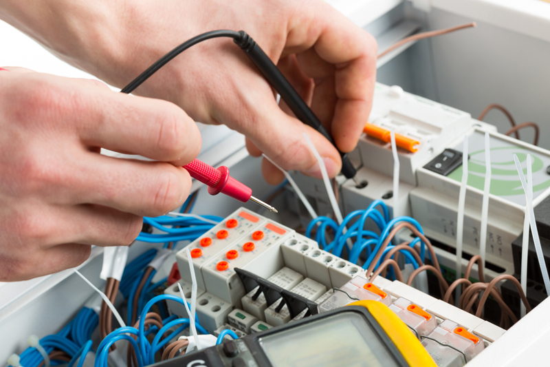 Electrician Helper